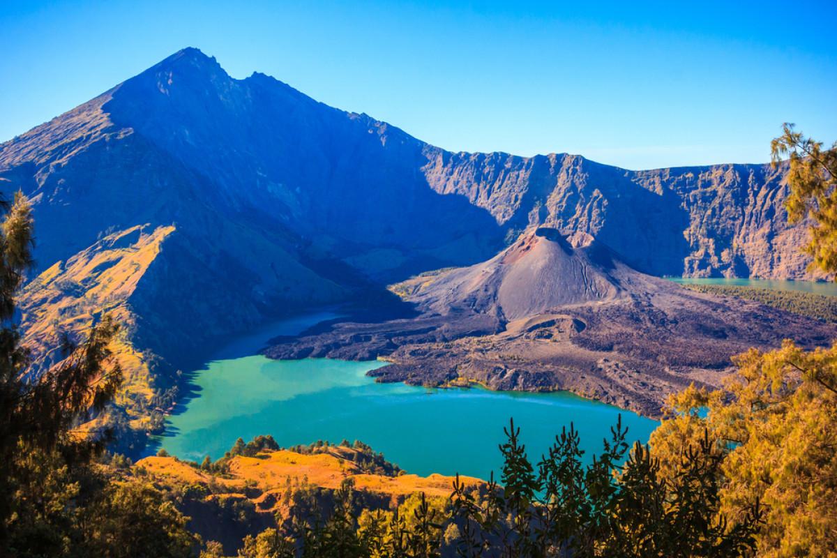 Menyelamatkan Gunung Rinjani dari Persoalan Sampah