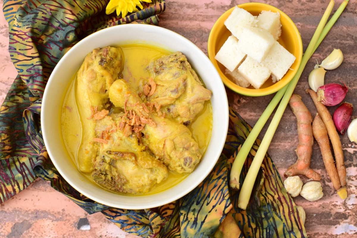 Kenapa Lebaran di Indonesia Identik dengan Ketupat dan Opor Ayam?