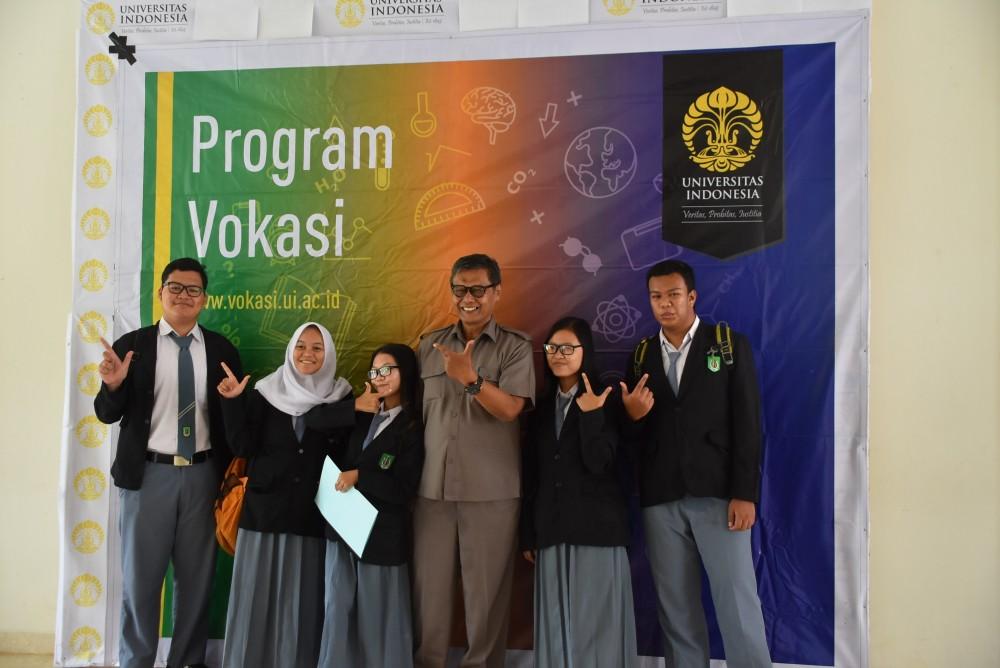 SMK YMIK Ikuti Sosialisasi Program Vokasi Universitas Indonesia