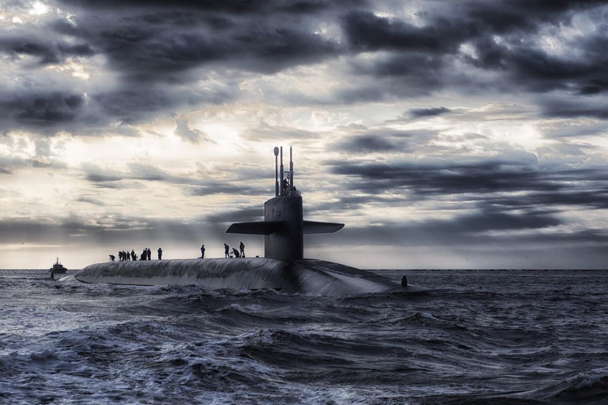 Kapal Perang Nuklir Australia, dan Momentum Geopolitik Indonesia