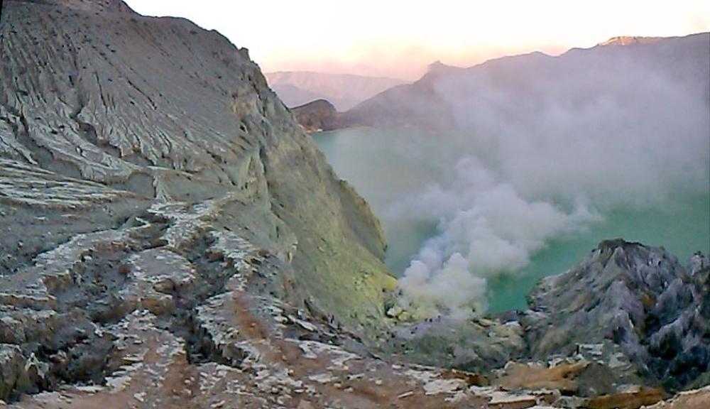 Ternyata Blue Fire Sunrive of Java Terkenal Sampai ke The Land Of Rising Sun