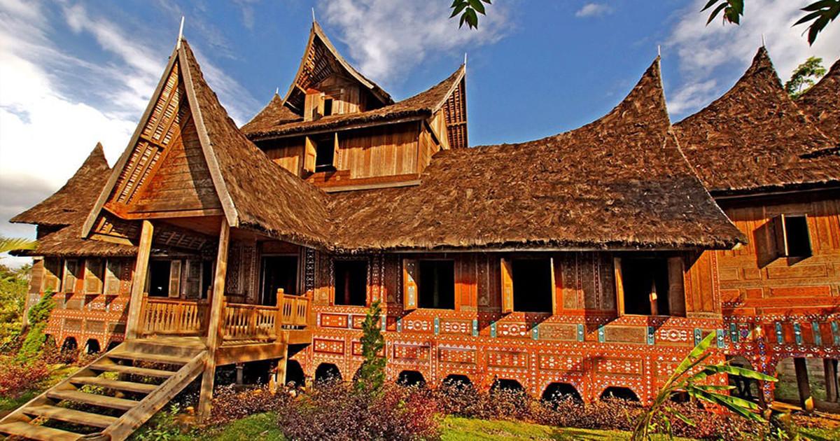 Melihat Kemiripan Taman Nusa dengan Taman Mini Indonesia