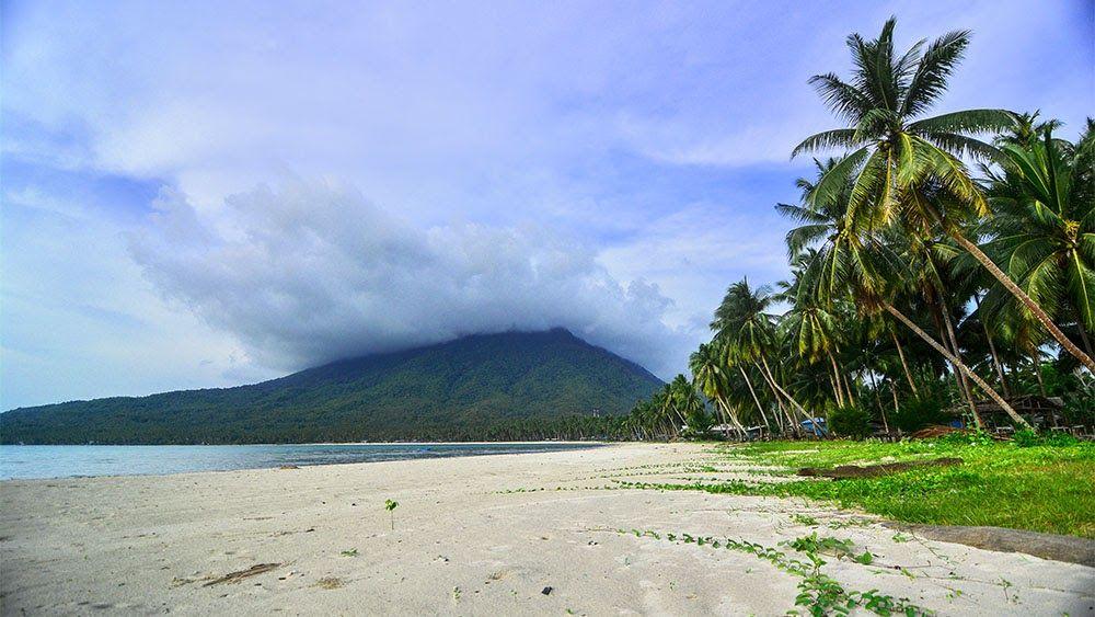 Kabupaten Natuna : Potensi, Eksotisme, dan Keindahan dari Pulau Terdepan Indonesia