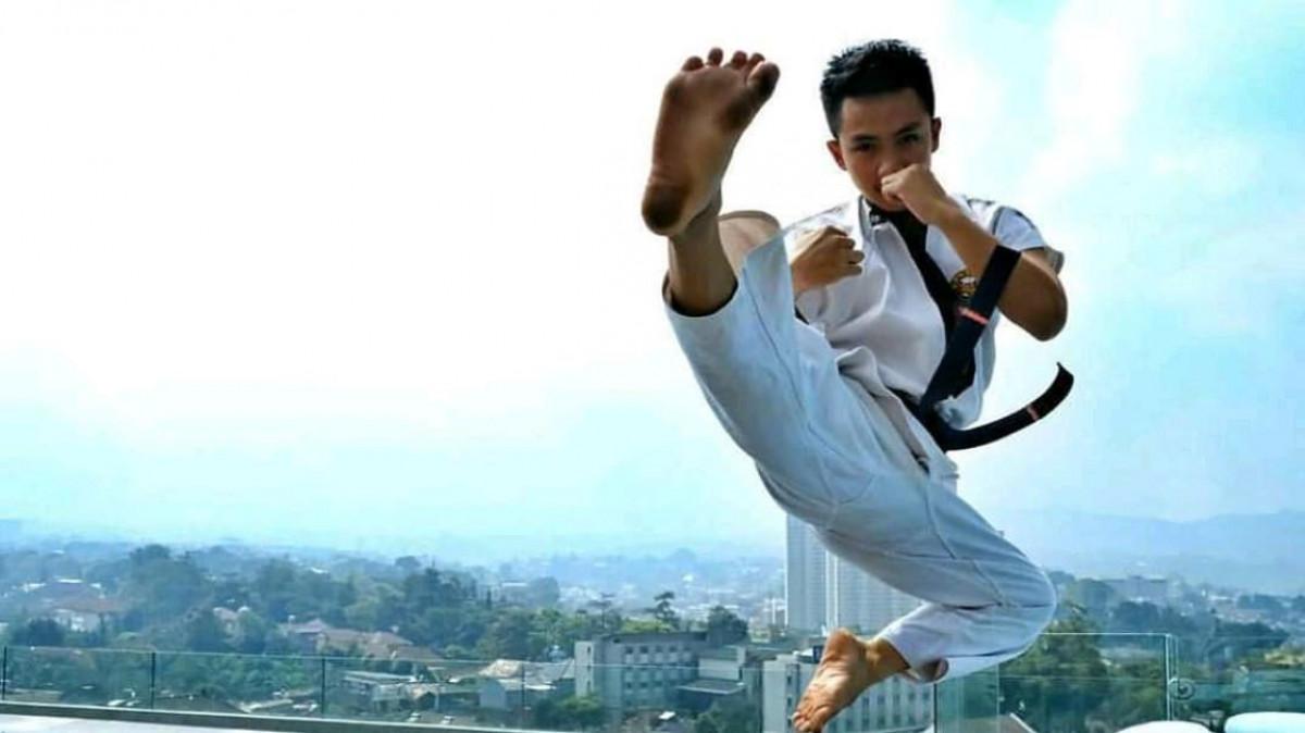 Tarung Derajat, Seni Bela Diri Asal Jawa Barat Ciptaan Sang Legenda Aa Boxer