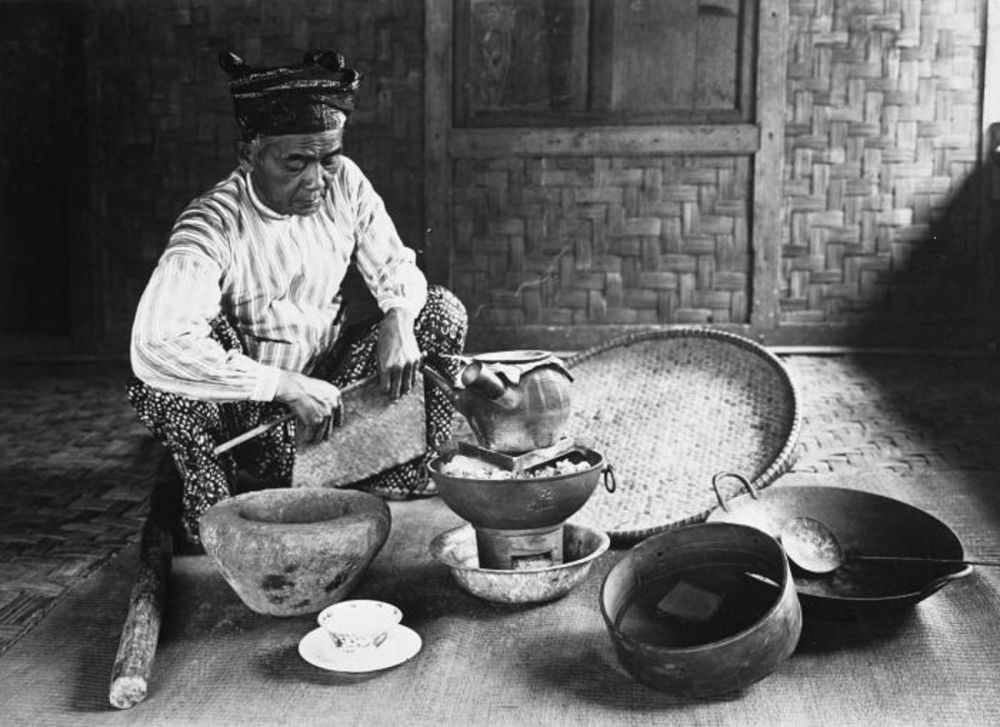Tumpuroo dan Sanro: Tabib Tradisional Pelestari Adat dari Suku Moronene