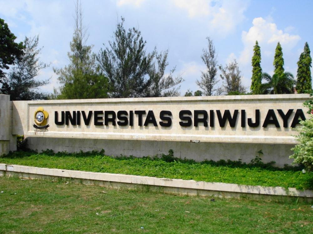 Mahasiswa Asing Antusias Meriahkan Malam Budaya Sriwijaya Internasional