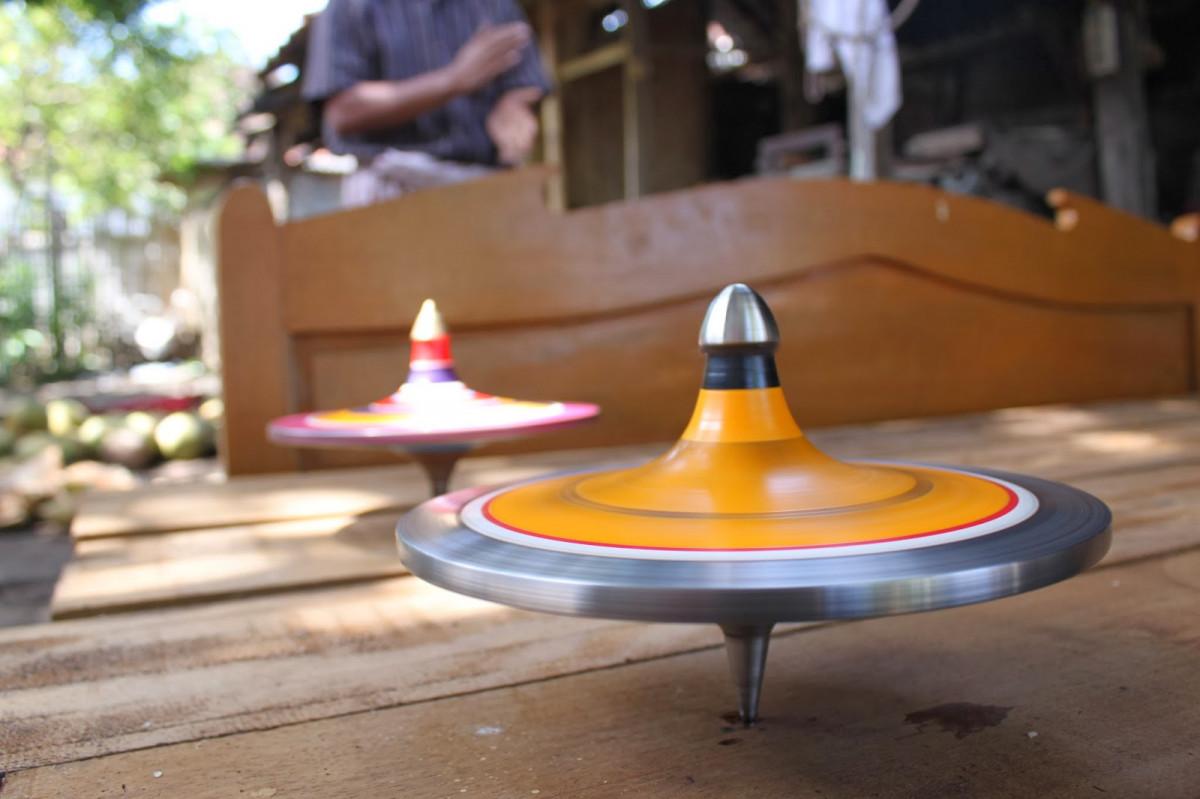 Gasing Lengker, Inovasi Mainan Tradisional dari Lombok Timur