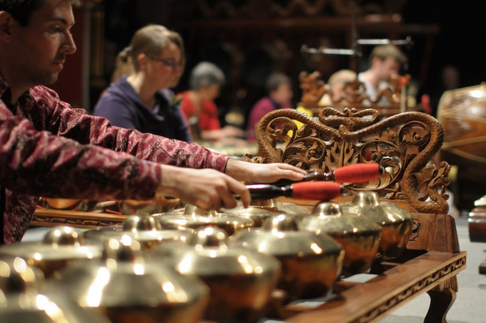 Di London, Suling Sunda dan Gamelan Jawa Iringi Lagu The Beatles