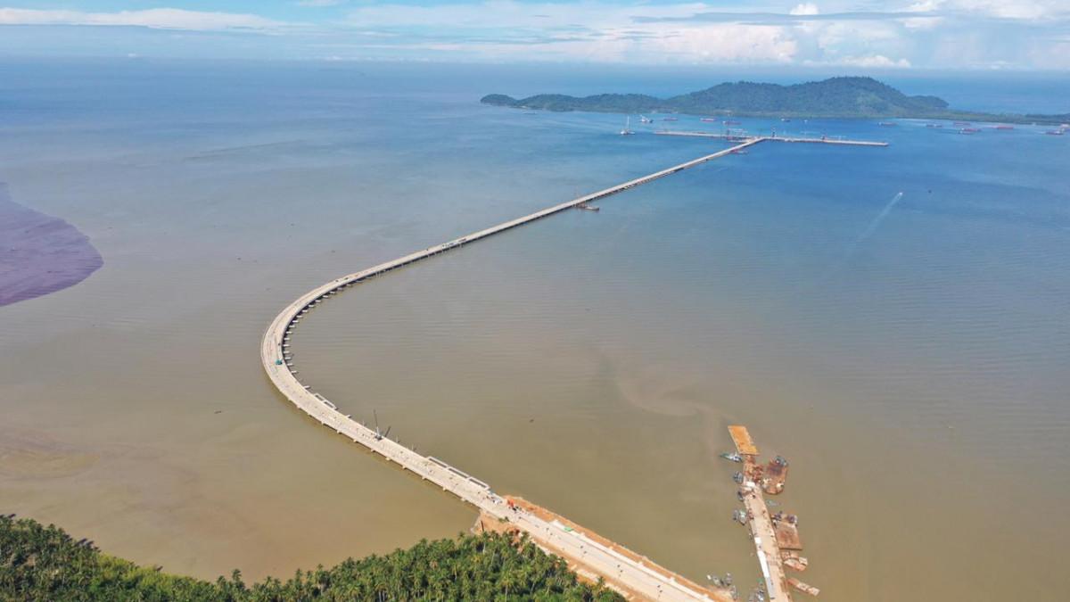 Terminal Kijing, Miliki Jembatan Penghubung Terpanjang di Indonesia