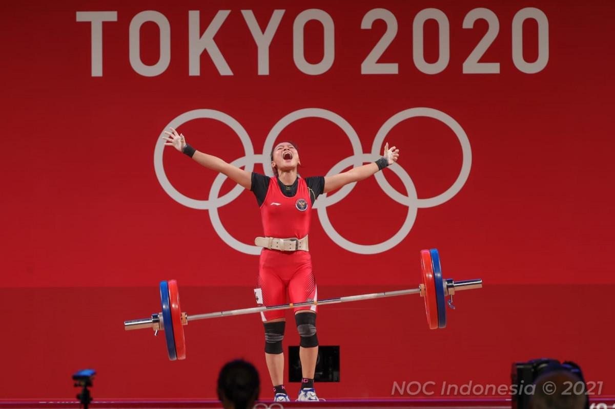 Kilas Balik Prestasi Atlet Angkat Besi Indonesia Sepanjang Ajang Olimpiade