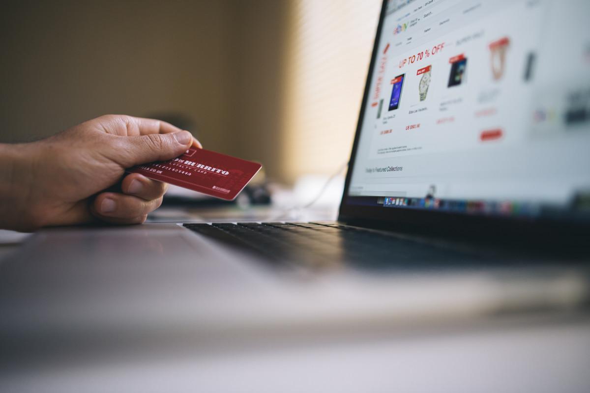 Perilaku Konsumtif di E-Commerce Selama Masa Pandemi