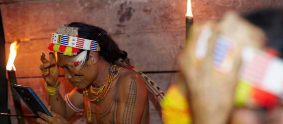 Mugejeg: Pameran Foto Unik yang Mengkampanyekan Anti Penebangan Liar