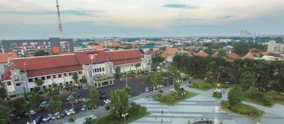 Partisipasi Masyarakat Membuat Kota Surabaya Bersih