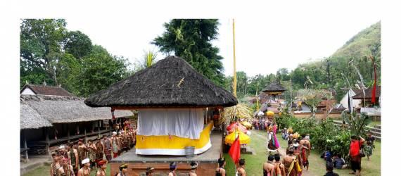 FOTO: Cara Orang Bali Asli Menghargai Alam