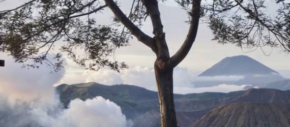 Sunrise Point Baru di Bromo Tengger Semeru