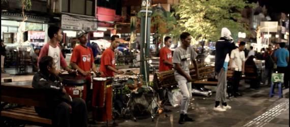 Angklung, Alat Musik Tradisional yang Diperdengarkan Kembali