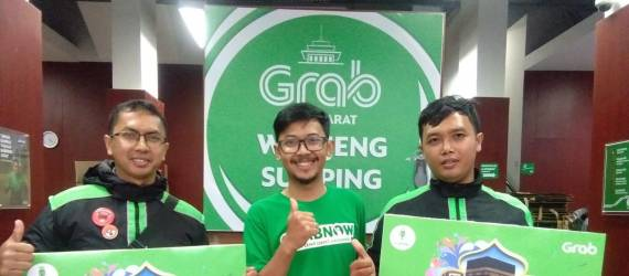 Grab Hadiahkan Umrah Untuk 200 Driver Berprestasi