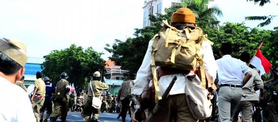 [FOTO] Semarak Parade Surabaya Juang 2017 Sambut Hari Pahlawan