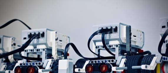 Siswa MAN Jakarta Raih Juara pada Ajang Robotik di Thailand