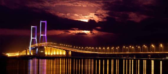 Komponen Buatan Lokal Pada Jembatan Suramadu