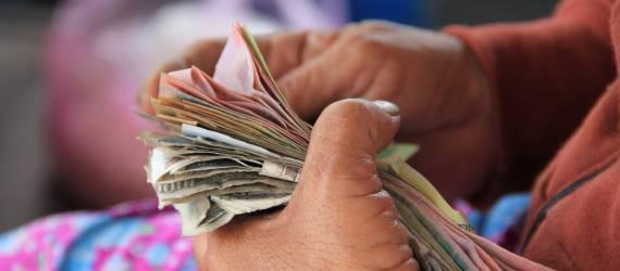 Financial Technology di Indonesia: Perlu Adanya Perlindungan Masyarakat