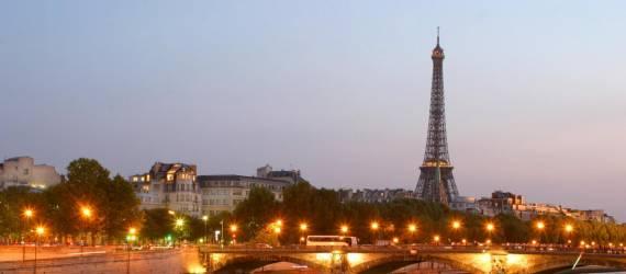 Warna-warni Indonesia Memikat Warga Perancis