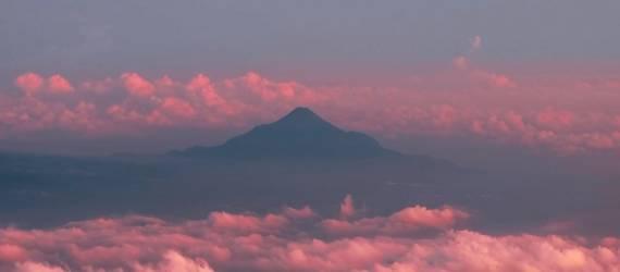 Kisah Dibalik Legenda Gunung Semeru, Gunung Tertinggi Pulau Jawa