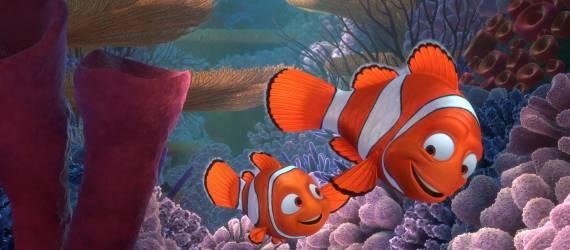 Cerita Kisah Kasih Satwa dan Anaknya di Lautan Lepas