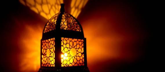 5 Hal yang Bisa Dilakukan Nonmuslim Saat Bulan Ramadan ala Deddy Huang