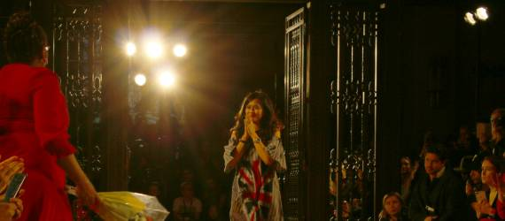 Pernak-Pernik Indonesia di London Fashion Week 2019