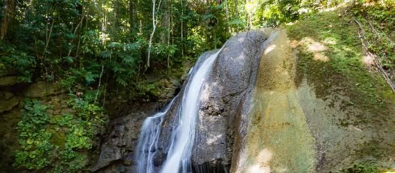 Air Terjun Bunga Kokota, Bersama Penduduk Lokal Bermain ke Wisata Alternatif di Pulau Morotai