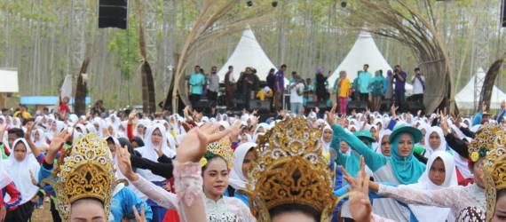 Pembukaan Festival Geopark Ciletuh 2018 Pecahkan Rekor Dunia!