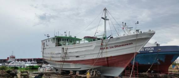 RS Apung dan Misi Mulia di Pelosok Indonesia