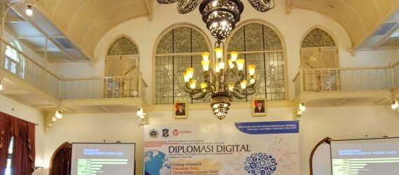 Dekati Masyarakat Melalui Digitalisasi: Kemenlu Adakan Seminar Diplomasi Digital
