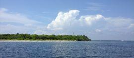 Pulau Tabuhan, Perjuangan Nelayan, dan Pirates of Caribbean