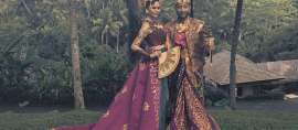 Cantik dan Tampan: Crissy Teigen dan John Legend dalam Balutan Busana Bali