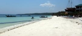 365Indonesia Hari 21: Pantai Dengan Pasir Halus Bagaikan Tepung, Pantai Bira, Makassar, Sulawesi Selatan