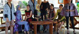 Pemuda Ini Kenalkan Batik Banyuwangi Lewat Fashion