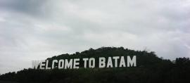 """Ada yang Istimewa di Tulisan """"Welcome to Batam"""" ini"""