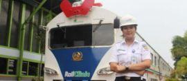 Dokter Cantik Perancang Rail Clinic. Pertama di Indonesia