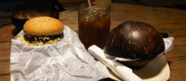 Burger Batok, Khas Barat Cita Rasa Indonesia