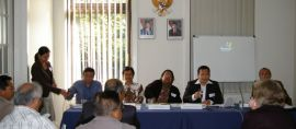 Memberitakan kerukunan Umat Beragama di Indonesia lewat Seminar Pluralisme di Frankfurt