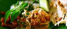Ragam Salad Tradisional Indonesia dalam Balutan Saus Kacang