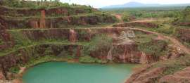 Jejak Galian Timah 'Open Pit' di Belitung