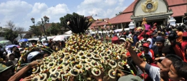 Indonesian Traditional Dances Shines in UK
