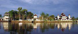 Inilah Masjid Tertua di Kalimantan Barat yang Indah