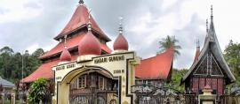 Mengapa Masjid-masjid Tua di Minang Selalu Ada Kolamnya?