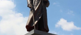 Monumen Patung Jendral Soedirman berdiri gagah di Boyolali