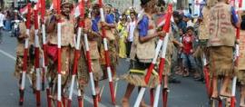 Serunya Festival Egrang di Kota Batu