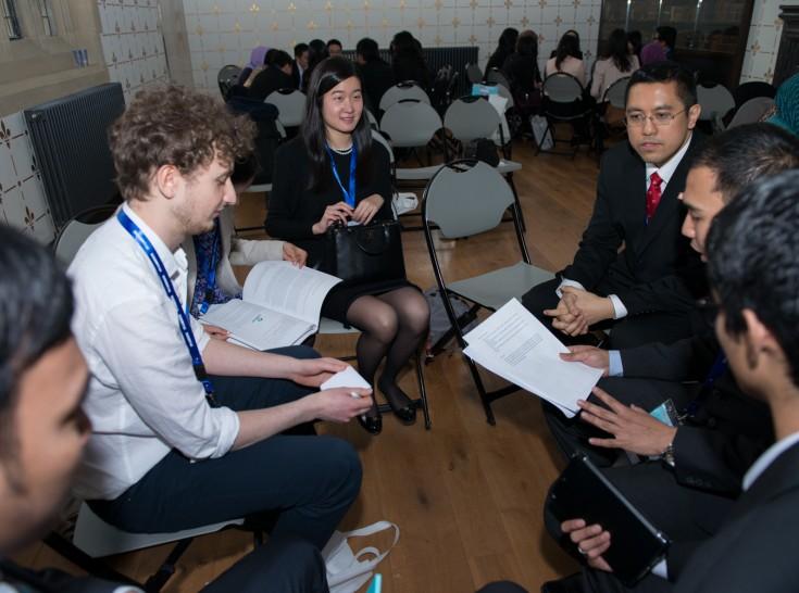 Tim Politics, Security, and Governance membahas mengenai menjaga kedaulatan, wilayah, dan keamanan negara